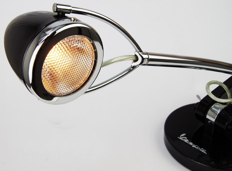 vespa design schreibtischlampe schwarz chrom charliepunk. Black Bedroom Furniture Sets. Home Design Ideas