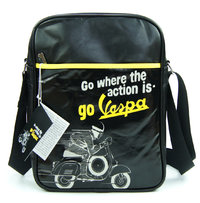 VESPA Tasche Flight Bag WHERE THE ACTION IS