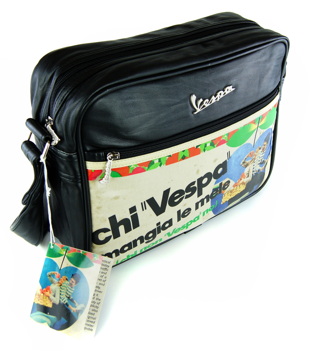 vespa tasche flight bag chi vespa schwarz quer retro. Black Bedroom Furniture Sets. Home Design Ideas